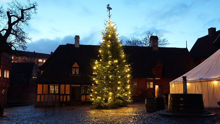 Den Gamle By - the Christmas tree