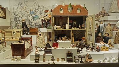 Den Gamle By - collection with toys for girls at the Toy Museum